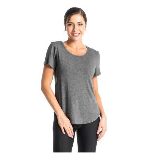 Camiseta_Lisa_Essential_Daniela_Tombini
