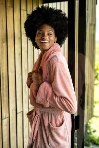 roupao ou robe rosa para inverno