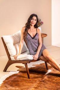 Pijama confortável modelo camisola