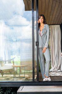 pijama feminino azul listrado
