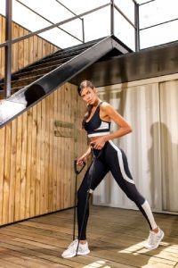 top fitness alta sustentação preto